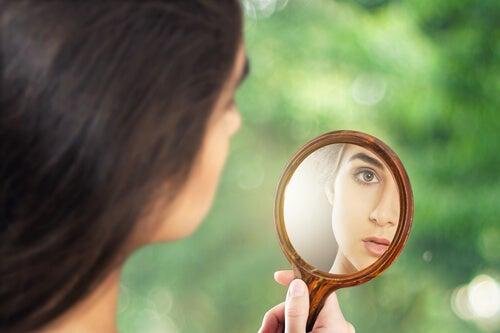 Tegn på, at du er sammen med en narcissist