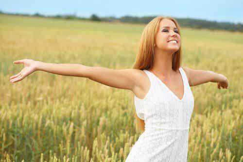 10 simple tricks til at være mere lykkelig
