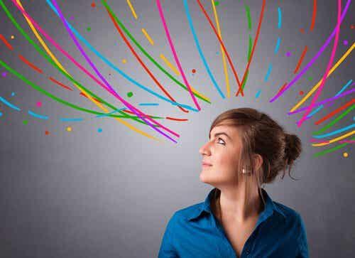 Hænger distrahering og kreativitet sammen?