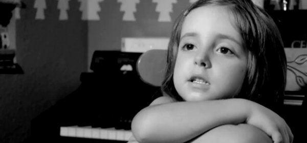 Denne kortfilm viser værdierne af barndommen