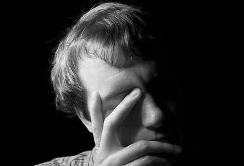 Patologisk jalousi: når jalousi når til et farligt ekstrem