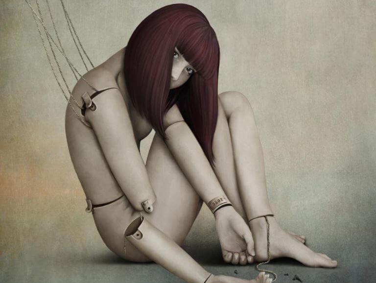 Kvinde bundet op med snore, som en dukke