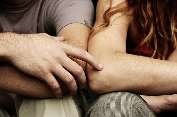 Vi bliver nødt til at tale om noget: de 8 ord alle partnere frygter