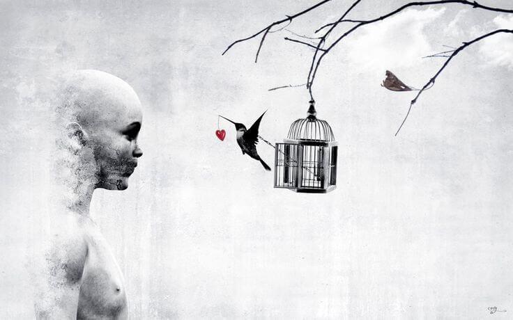 Person kigger på fuglebur, fugl giver et hjerte