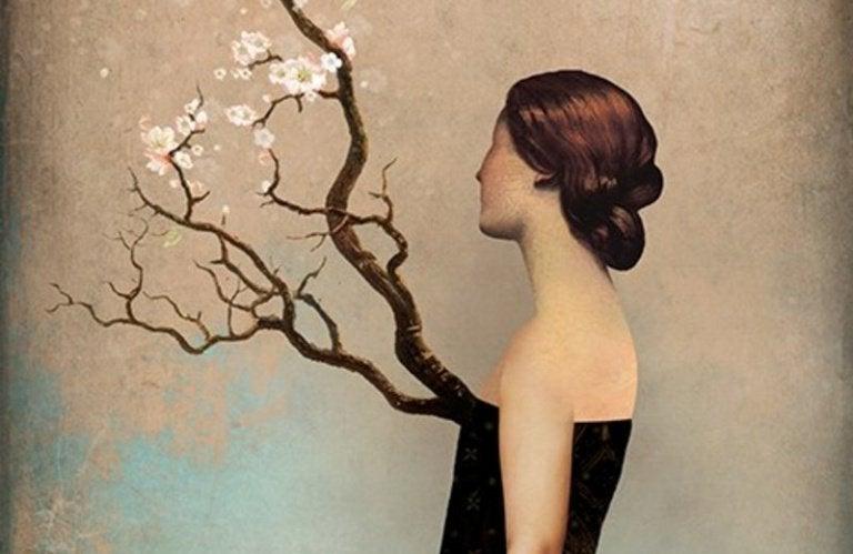 Pige med træ på brystet, der symboliserer hendes integritet