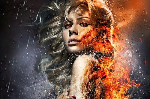 Kvinde brænder op af misundelse
