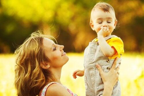 At opdrage børn med sund fornuft