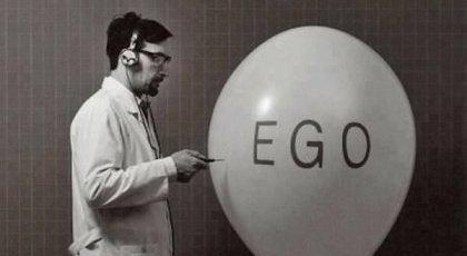 Se dig omkring og sæt din egoisme til siden: Verden drejer sig ikke kun om dig