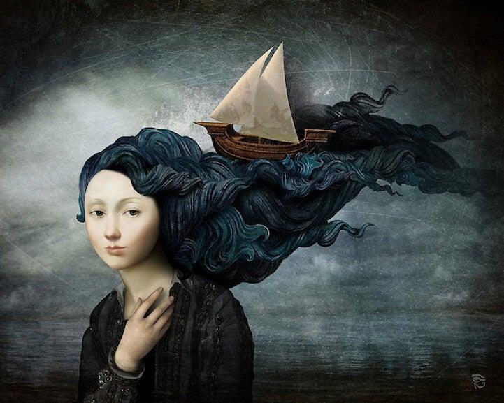 Kvinde med langt hår som et hav, hvor et skib sejler i det