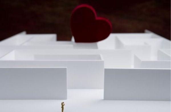 Labyrint med hjerte, som man ikke kan gennemføre ved at lyve