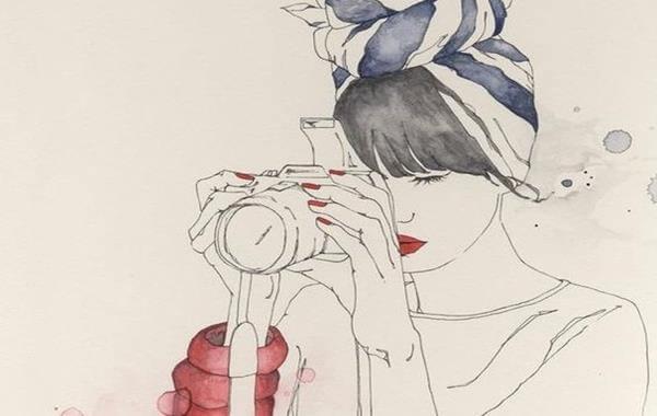 Tegning af kvinde med kamera