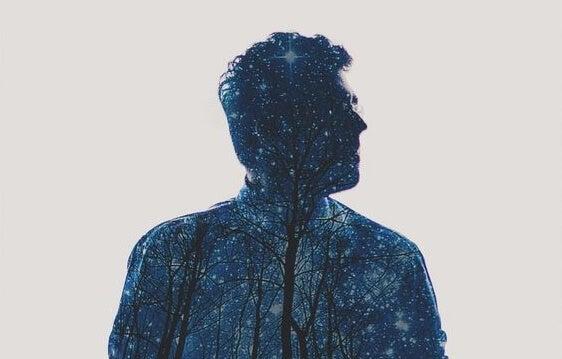 Mand i mørke farver oplever mangel på følelsesmæssig intelligens