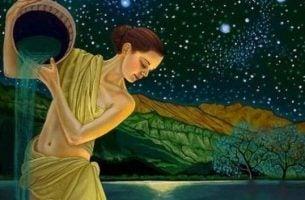 Kvinde hælder vand ud af krukke