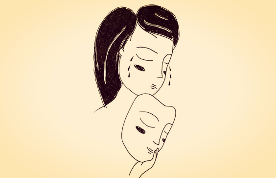 Pige tager glad maske af og afslører trist ansigt