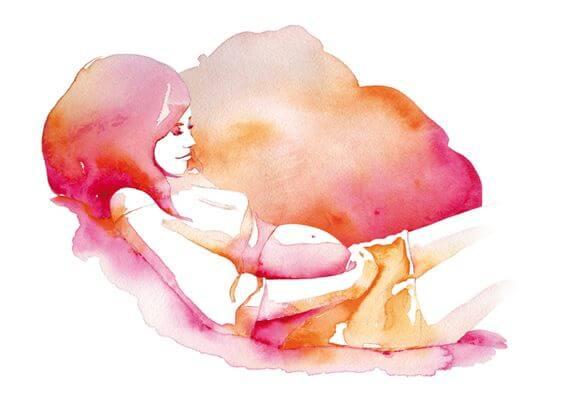 Kvinde nyder sin graviditet