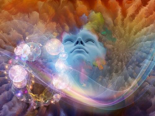 Intuition vises som lys og farver rundt om ansigt