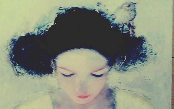 Kvinde med sort sky over hovedet viser effekten af følelsesmæssige vampyrer