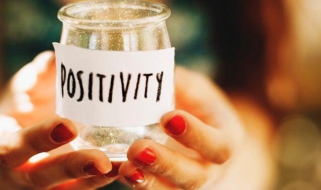 Positivitet i et glas