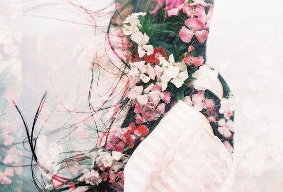 Silhuet af blomster