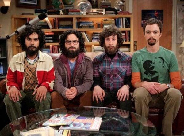 Mændene fra Big Bang Theory som eksempel på intelligente mennesker