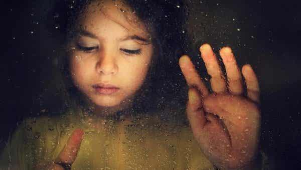 Børnemishandling: dagen, hvor mit barn mistede sit smil