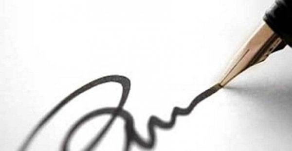 Underskrift kan analyseres ved brug af grafologi