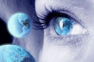 Øje med jordkloder har en sjette sans