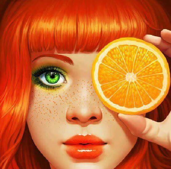 Pige i orange viser farvernes psykologi