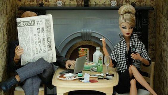 Barbie og Ken ved morgenbord