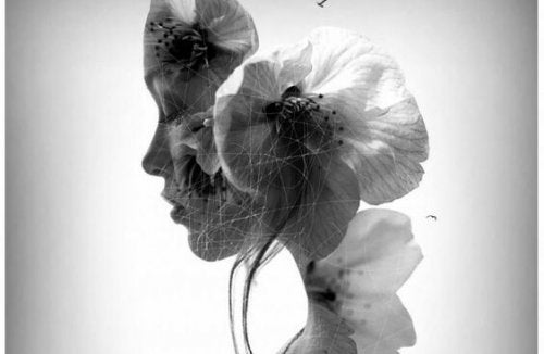 Hoved med blomster