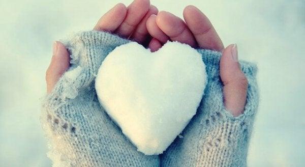 Hjerter af is: problemer med at udtrykke følelser