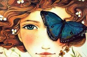 Pige med sommerfugl for det ene øje