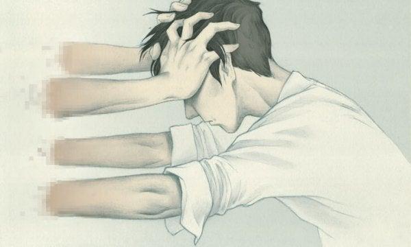 Mand, der skubbes af arme, oplever vold