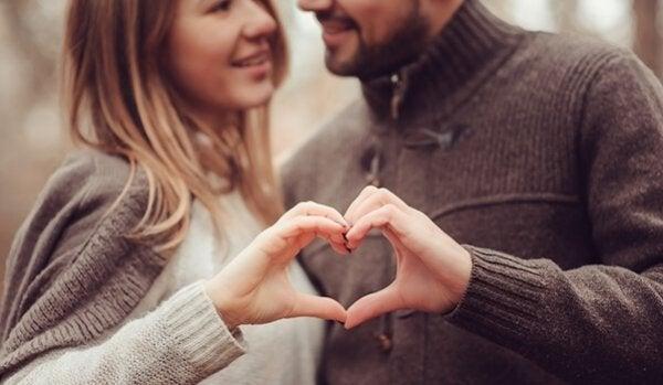 5 tips til at forbedre og styrke dit forhold