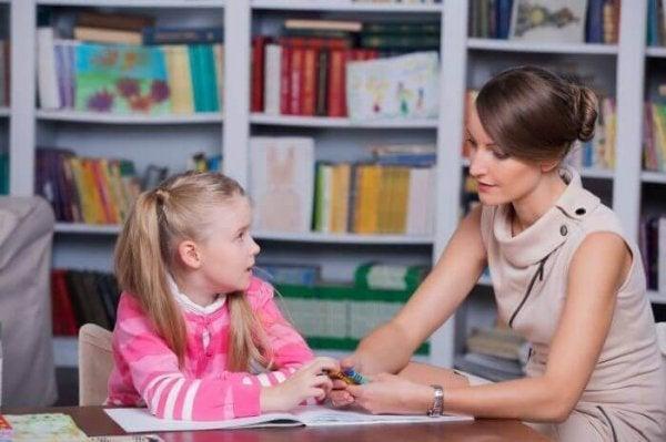 Børnepsykologi – hvem skal jeg stole på?