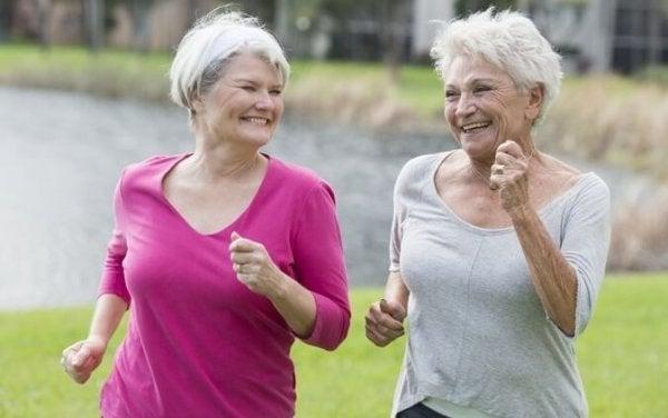 Motion kan hjælpe dig til at ældes lykkeligt