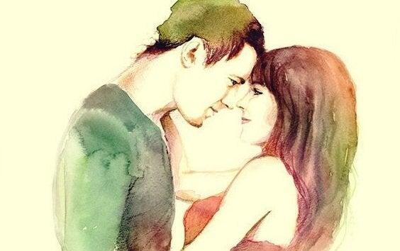 Par smiler og nyder kunsten at elske