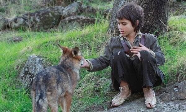 Et liv blandt ulve: historien om et vildtlevende barn