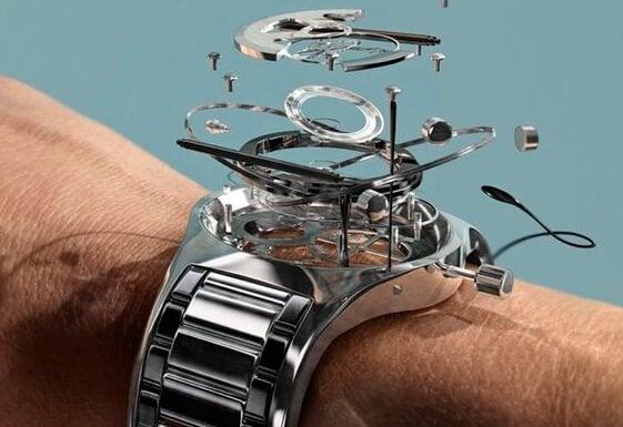 Ur tages fra hinanden som symbol for at undgå at spilde tiden