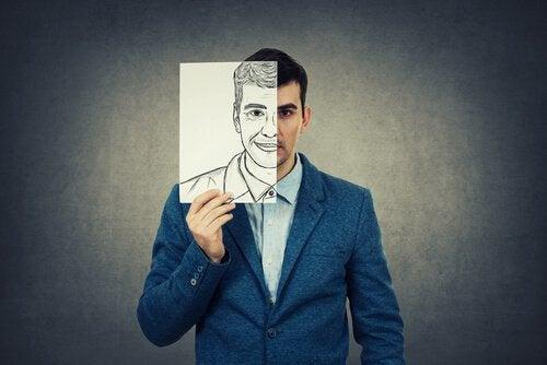 Mand med skjult ansigt kan gøre, at man bliver såret i forhold