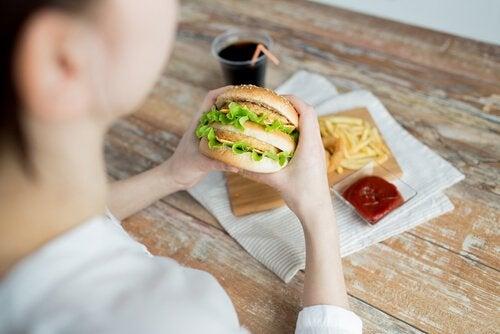 Burger kan være resultat af følelsesmæssig sult