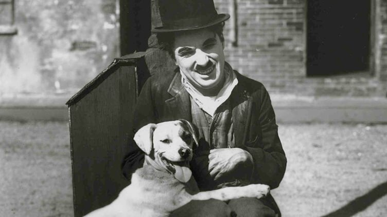 Chaplin med hund