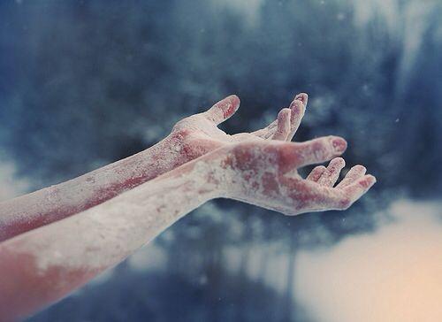 Hænder med frost kan føre til hjerter af is