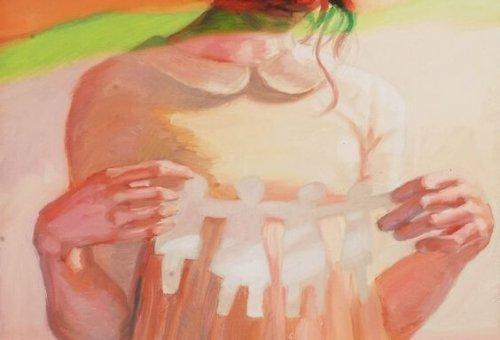 Kvinde med papirklip