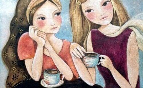 Piger nyder specielle stunder over kaffe