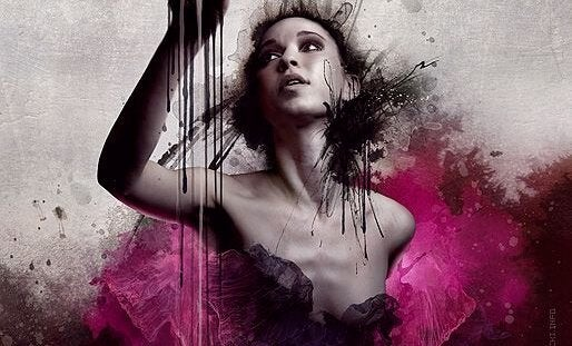 Kvinde med pink maling tør være anderledes