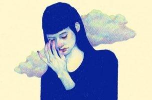 Kvinde med hoved i sky mangler selvværd