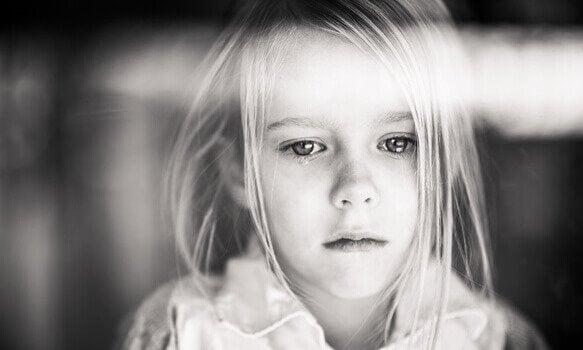 Hvad sker der i hjertet af et uelsket barn?