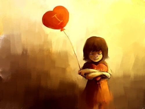 Pige med hjerteballon minder om at give dig selv tid og kærlighed
