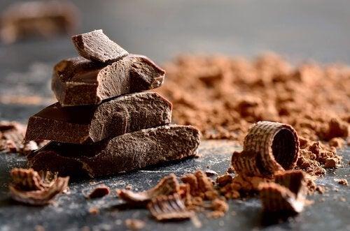 Chokolade er godt til frigivelsen af serotonin og dopamin